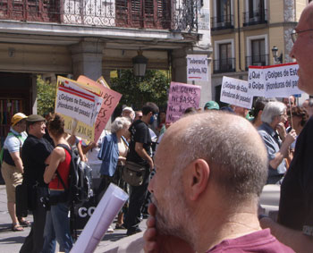 Concentración frente al Ministerio de Asuntos Exteriores (Madrid)